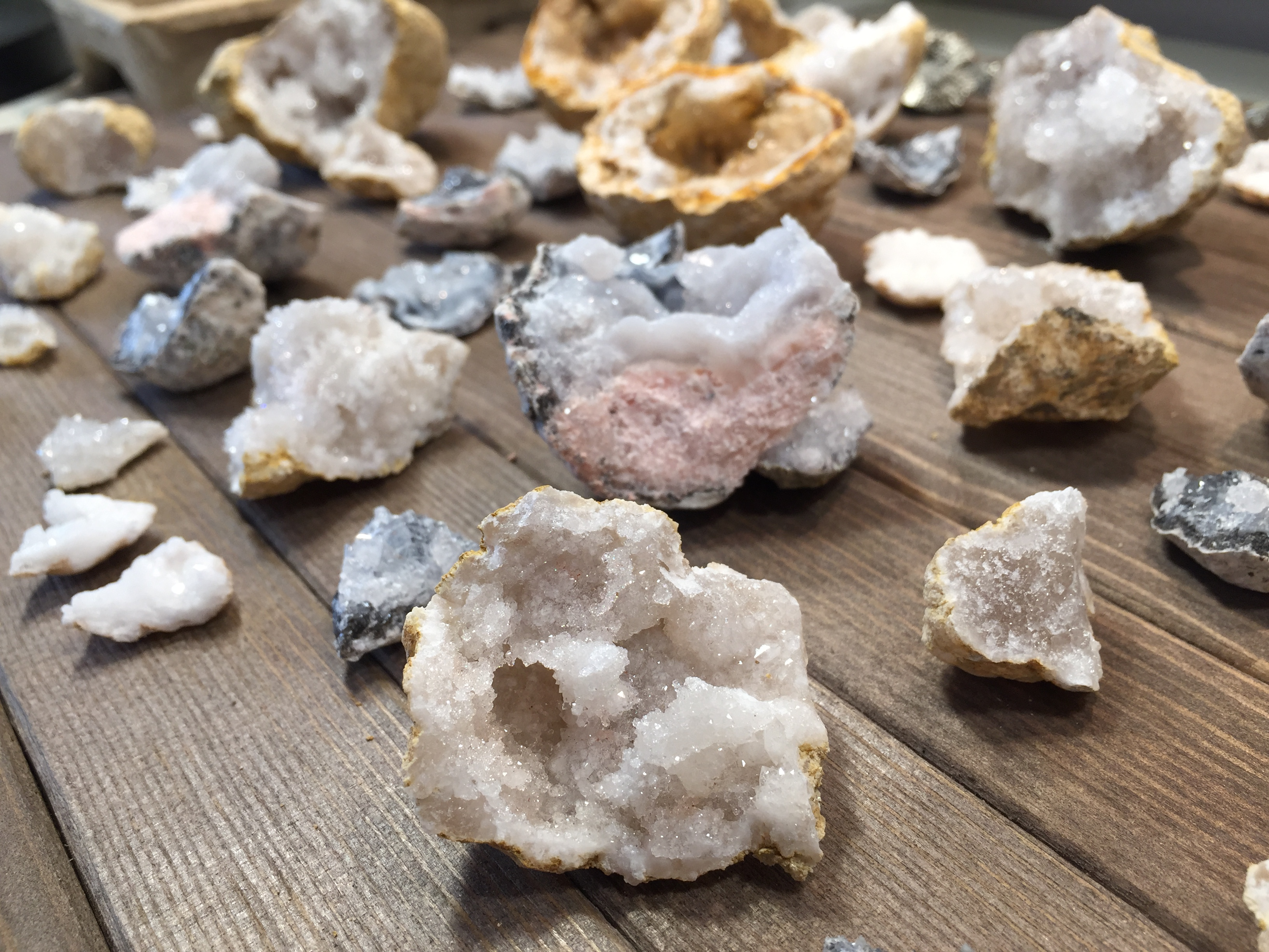 What's Inside Geodes?
